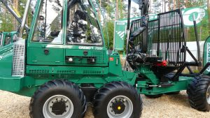 gremo 750F forwarder front