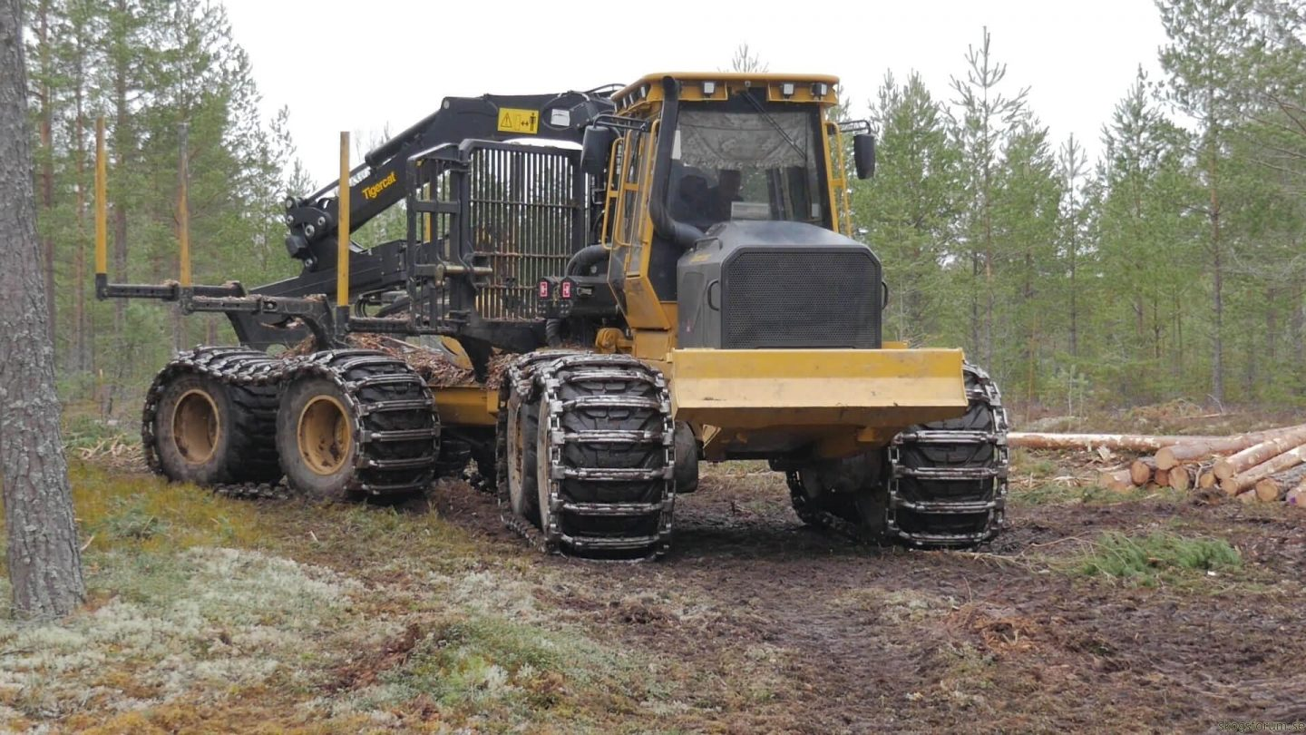 Tigercat 1085C - The Big Forwarder From Canada
