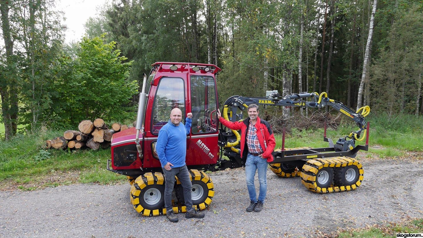 Alstor 8x8, the company & the machine