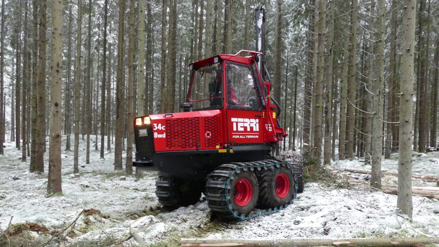 Commercial thinning with small harvester Terri 34C 8wd
