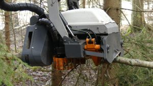 usewood harvester head with feeder rolls