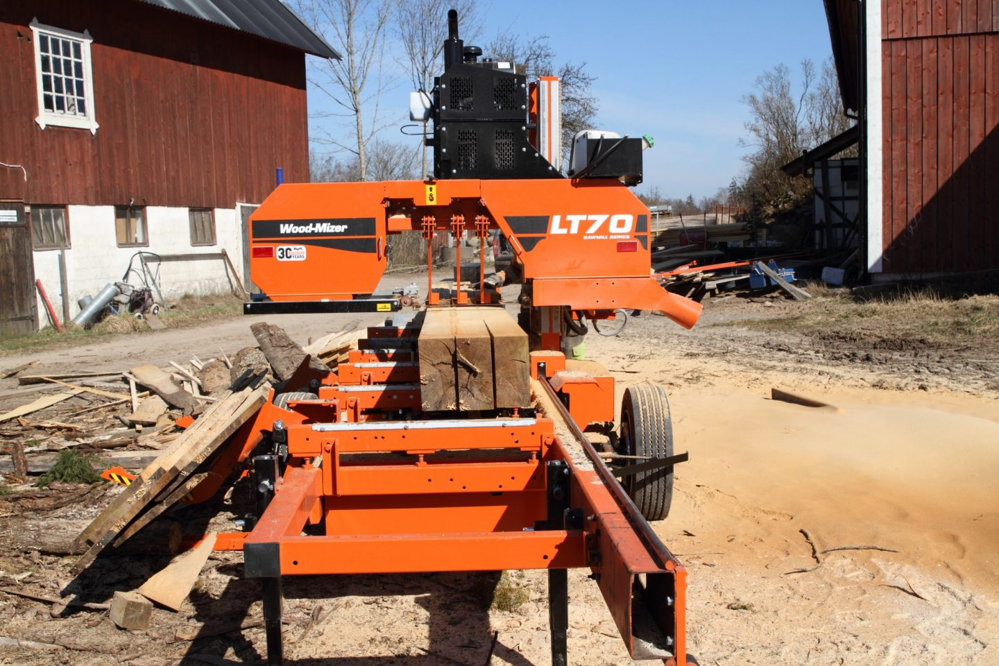 Woodmizer LT70 portable sawmill processing hard wood