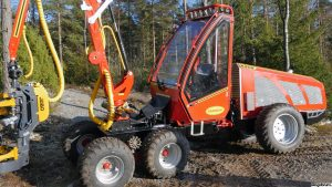 Kranman harvester for thinning